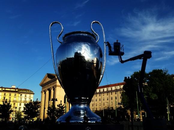 2016 UEFA MILAN (Medium).jpg